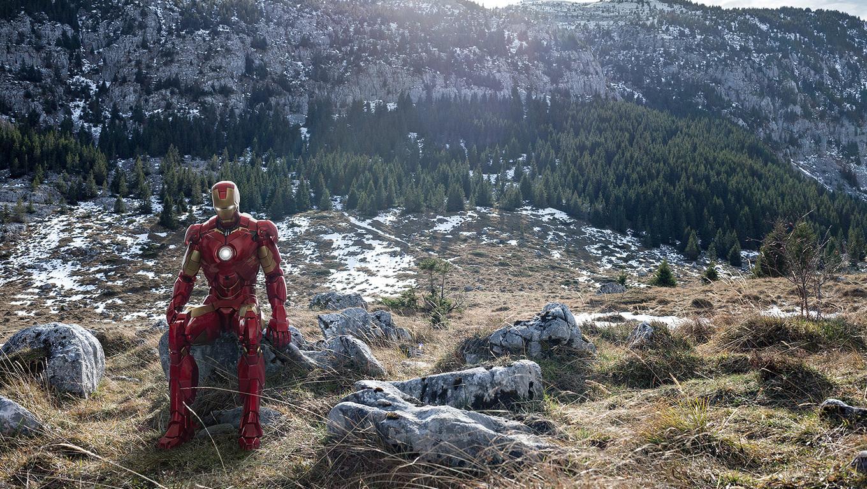 iron-man-sitting-on-stone-mountains-me.jpg