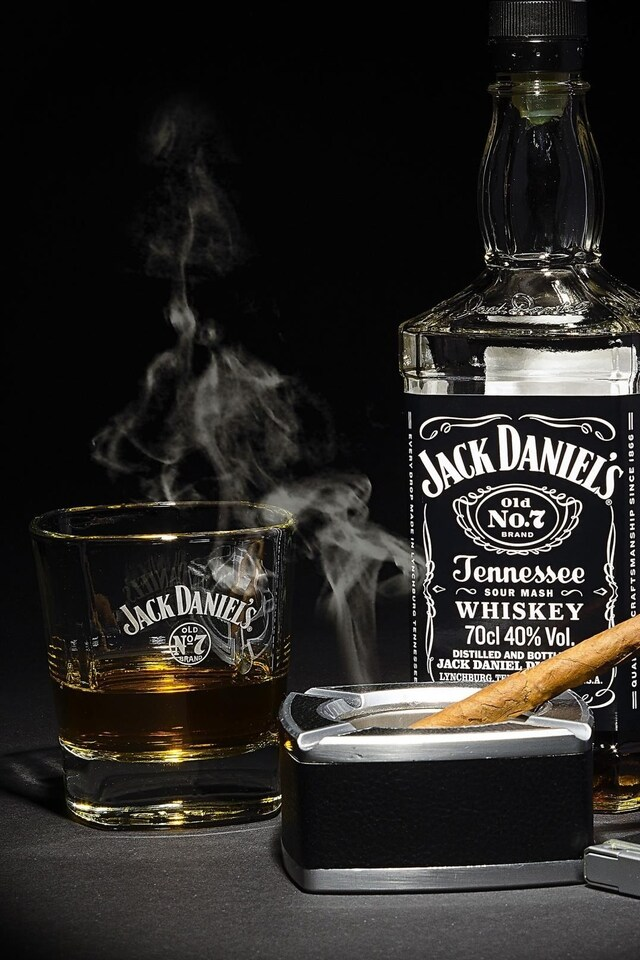 640x960 Jack Daniels Whiskey Iphone 4 Iphone 4s Hd 4k Wallpapers Images Backgrounds Photos And Pictures