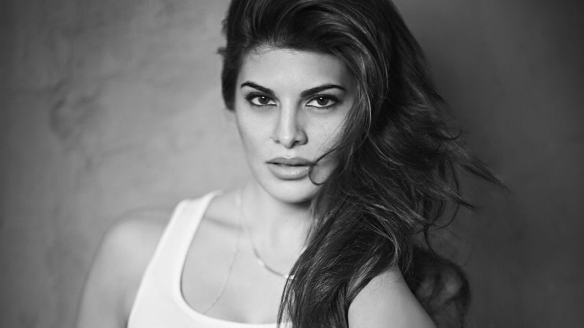 2048x1152 Jacqueline Fernandez New 2048x1152 Resolution Hd 4k