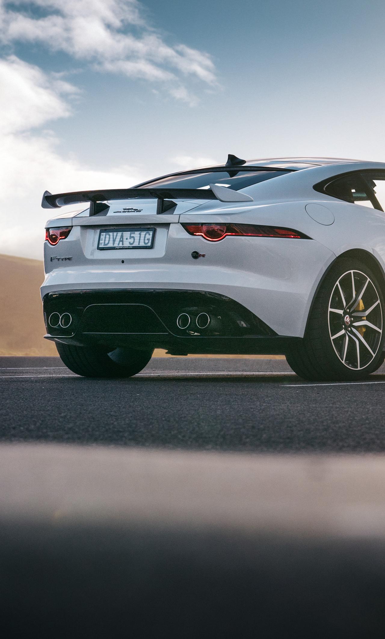 21x21 Jaguar F Type SVR Coupe 21 Rear 21k iPhone 21+ HD 21k ...