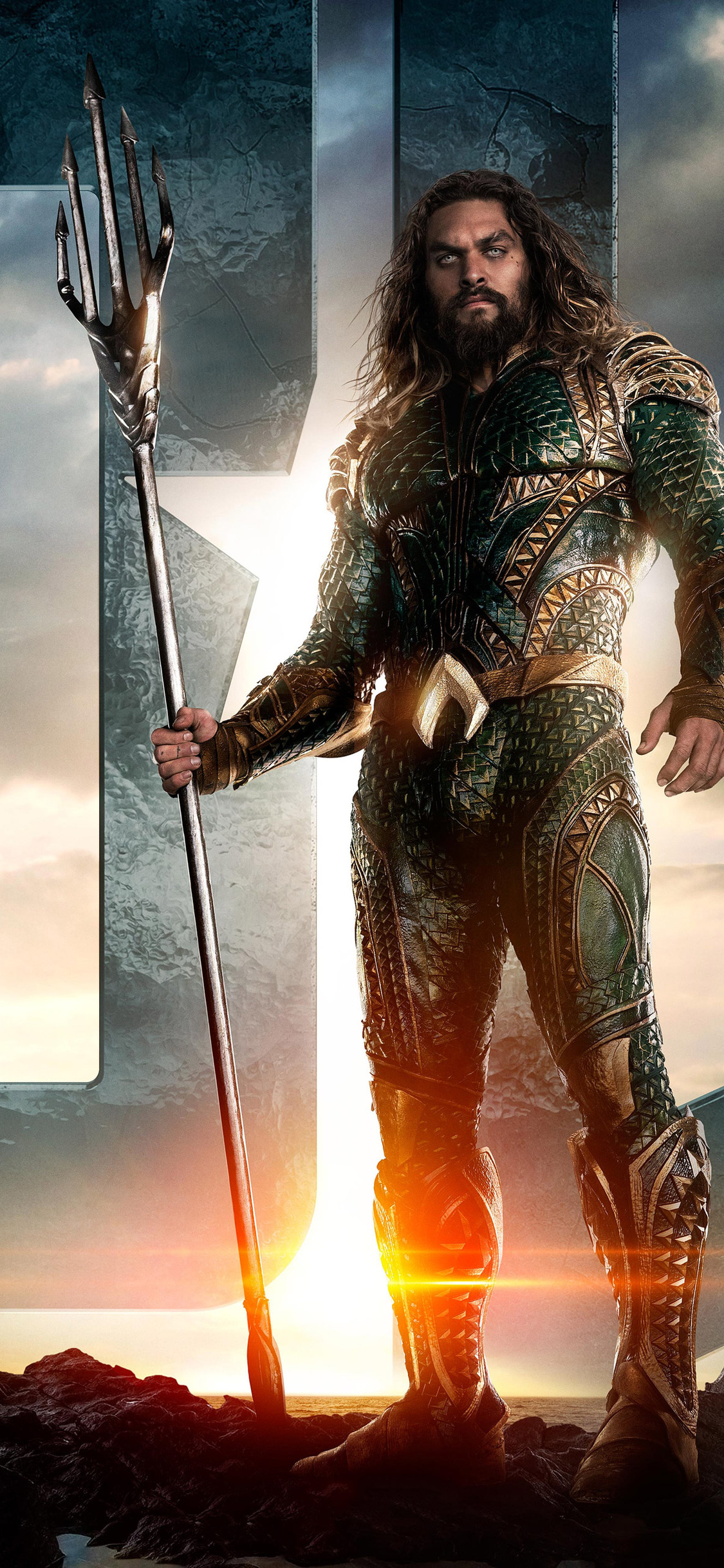 jason-momoa-as-aquaman-in-justice-league-on.jpg