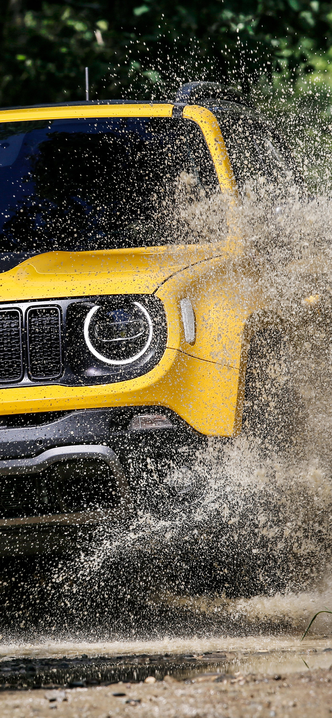 1125x2436 Jeep Renegade Trailhawk 2018 Iphone Xs Iphone 10