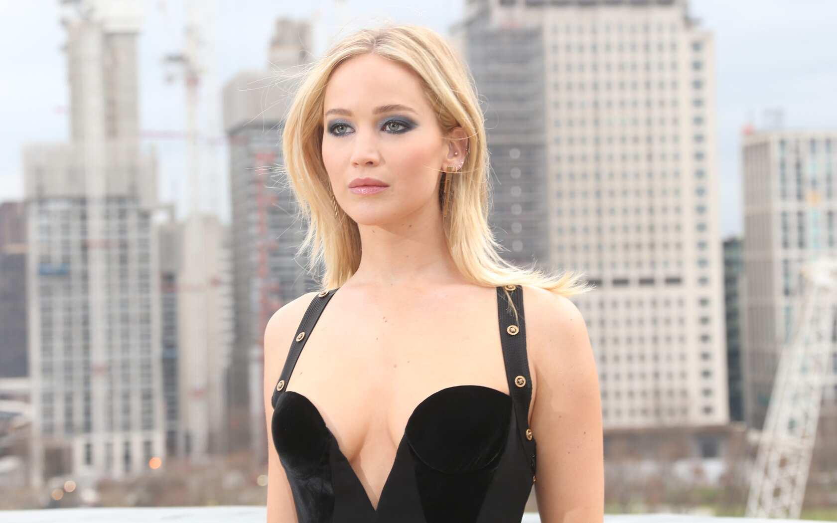 jennifer-lawrence-4k-2018-y9.jpg