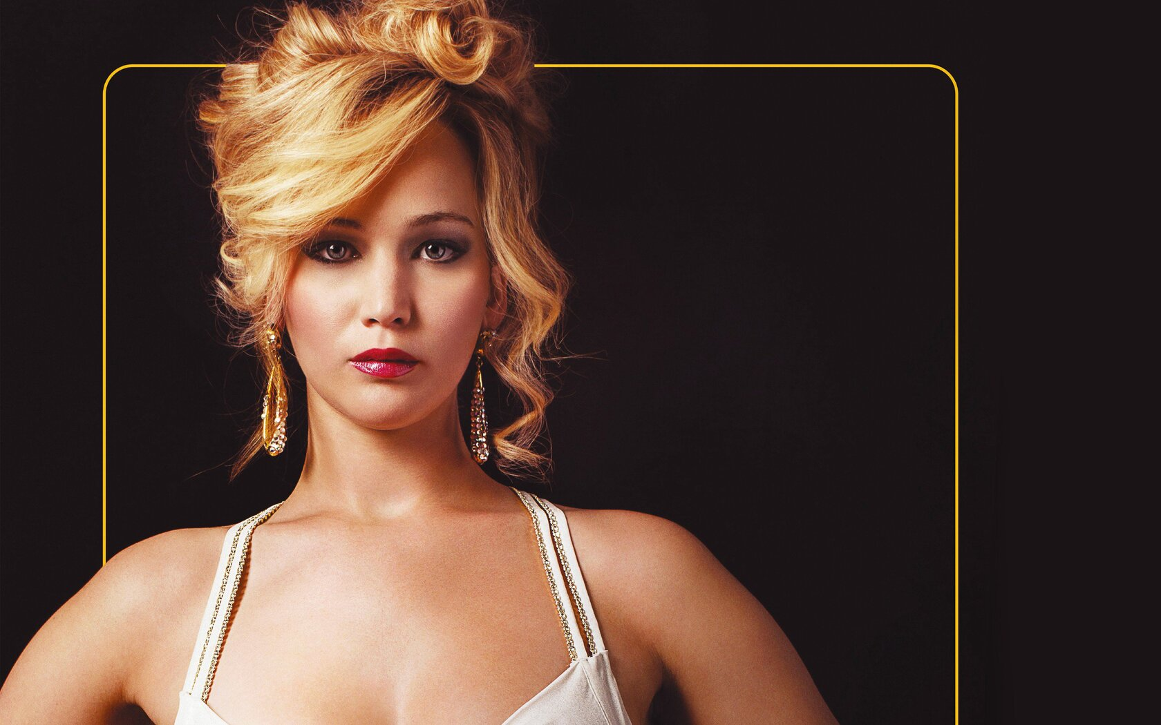 jennifer-lawrence-in-american-hustle.jpg