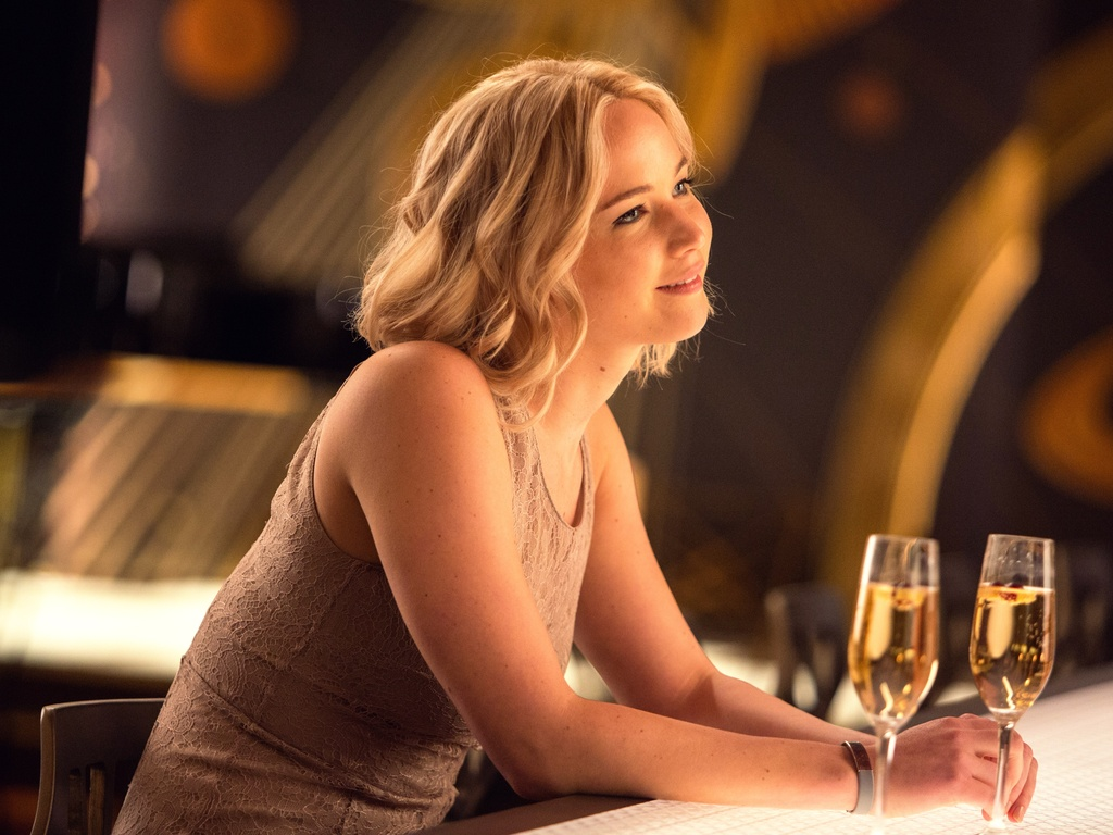 jennifer-lawrence-in-passengers-06.jpg