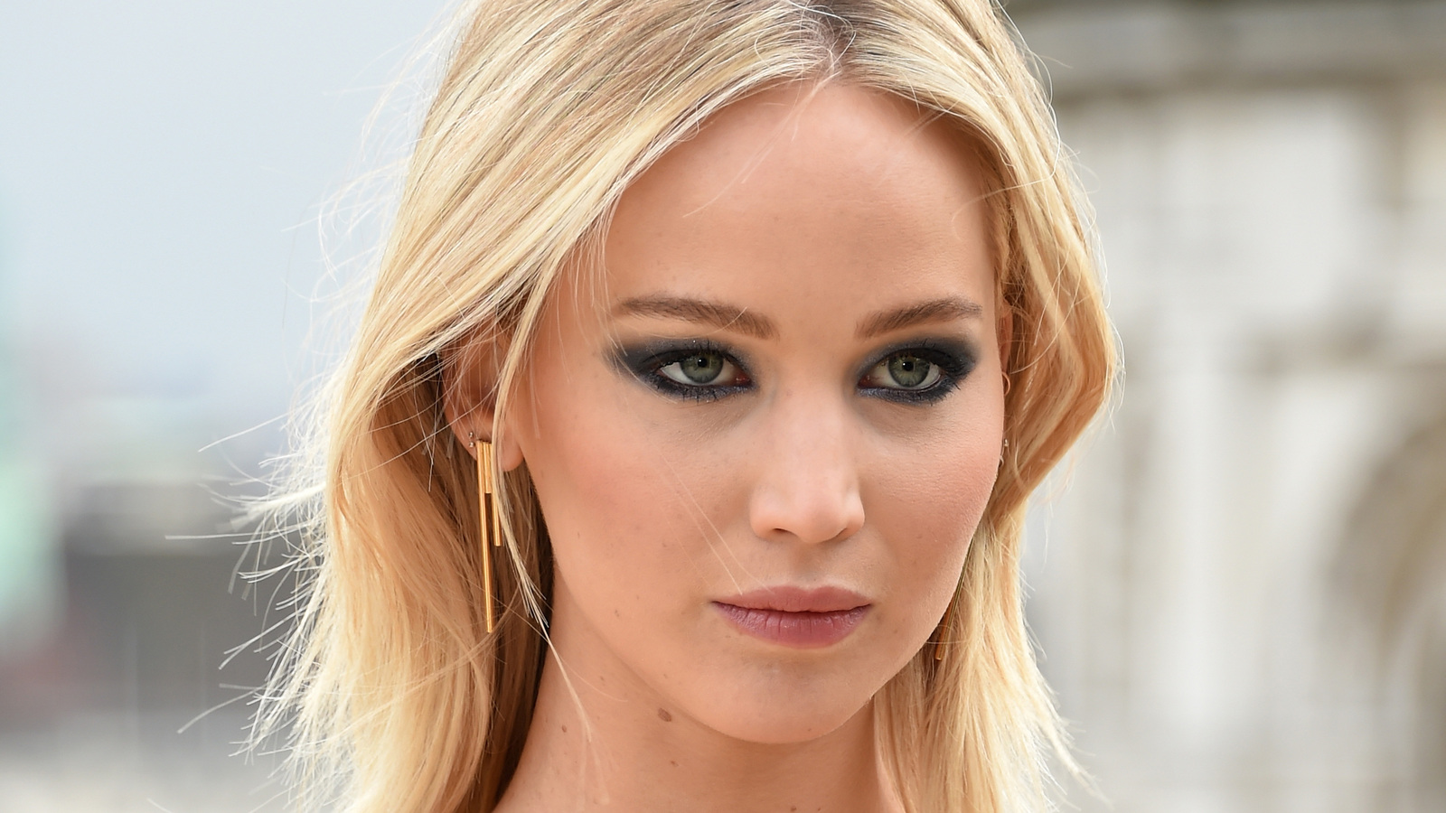 jennifer-lawrence-latest-17.jpg