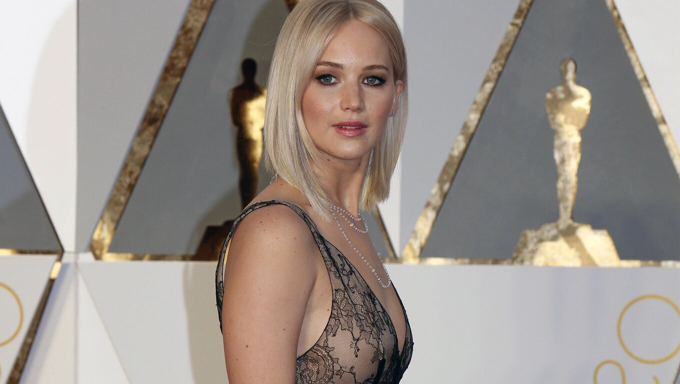 jennifer-lawrence-oscar-2016.jpg