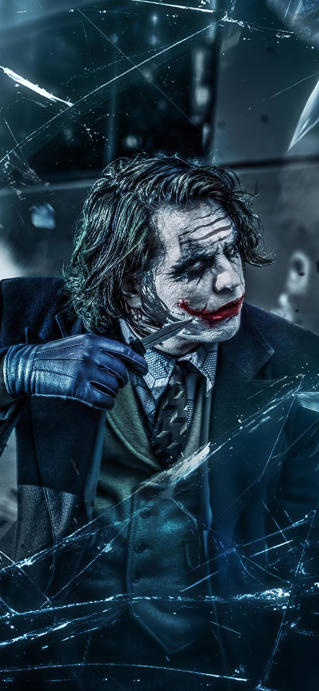 joker with knife oz