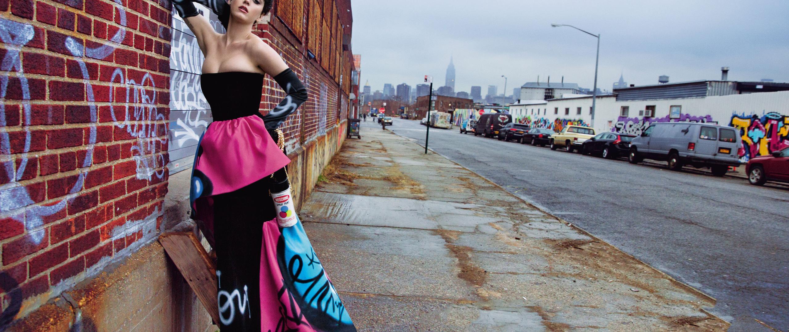 katy-perry-moschino-campaign-2018-gb.jpg