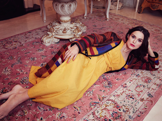 keira-knightley-yellow-dress-lying-down-4k-ln.jpg