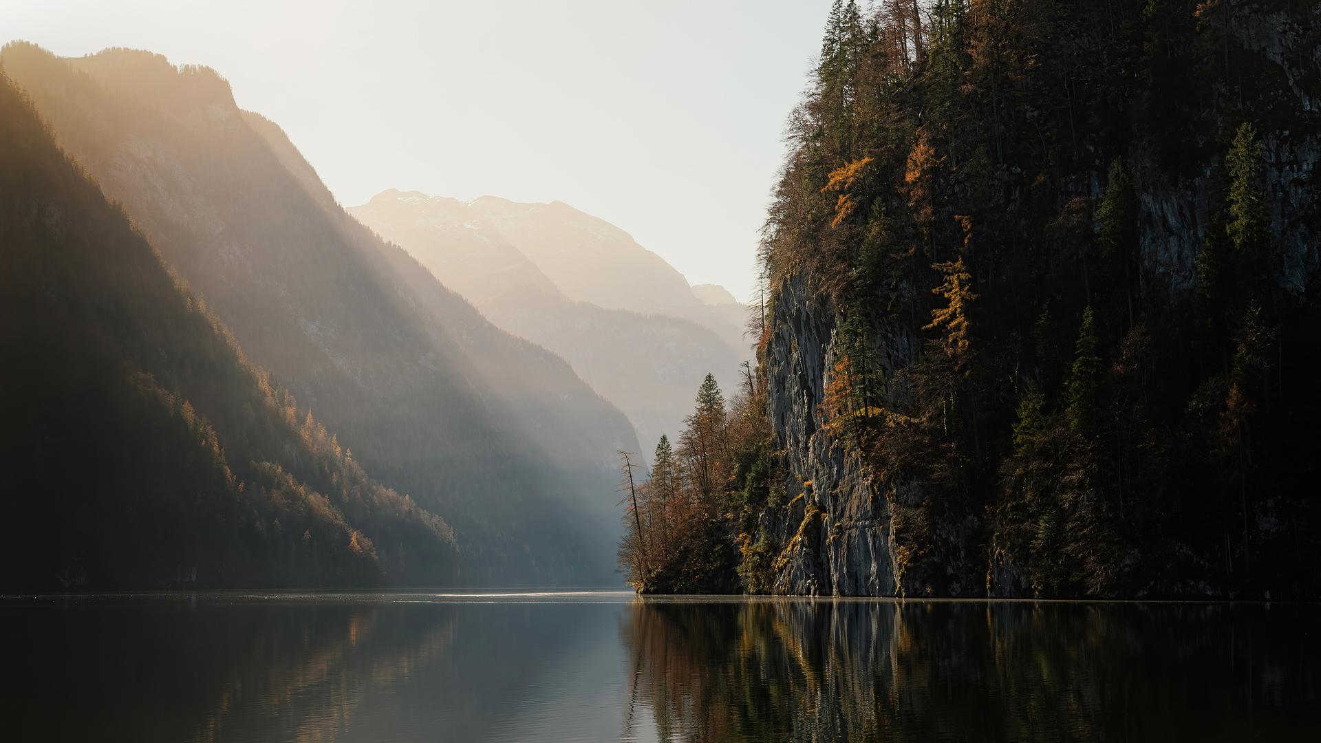 koenigssee-lake-in-germany-5k-qr.jpg