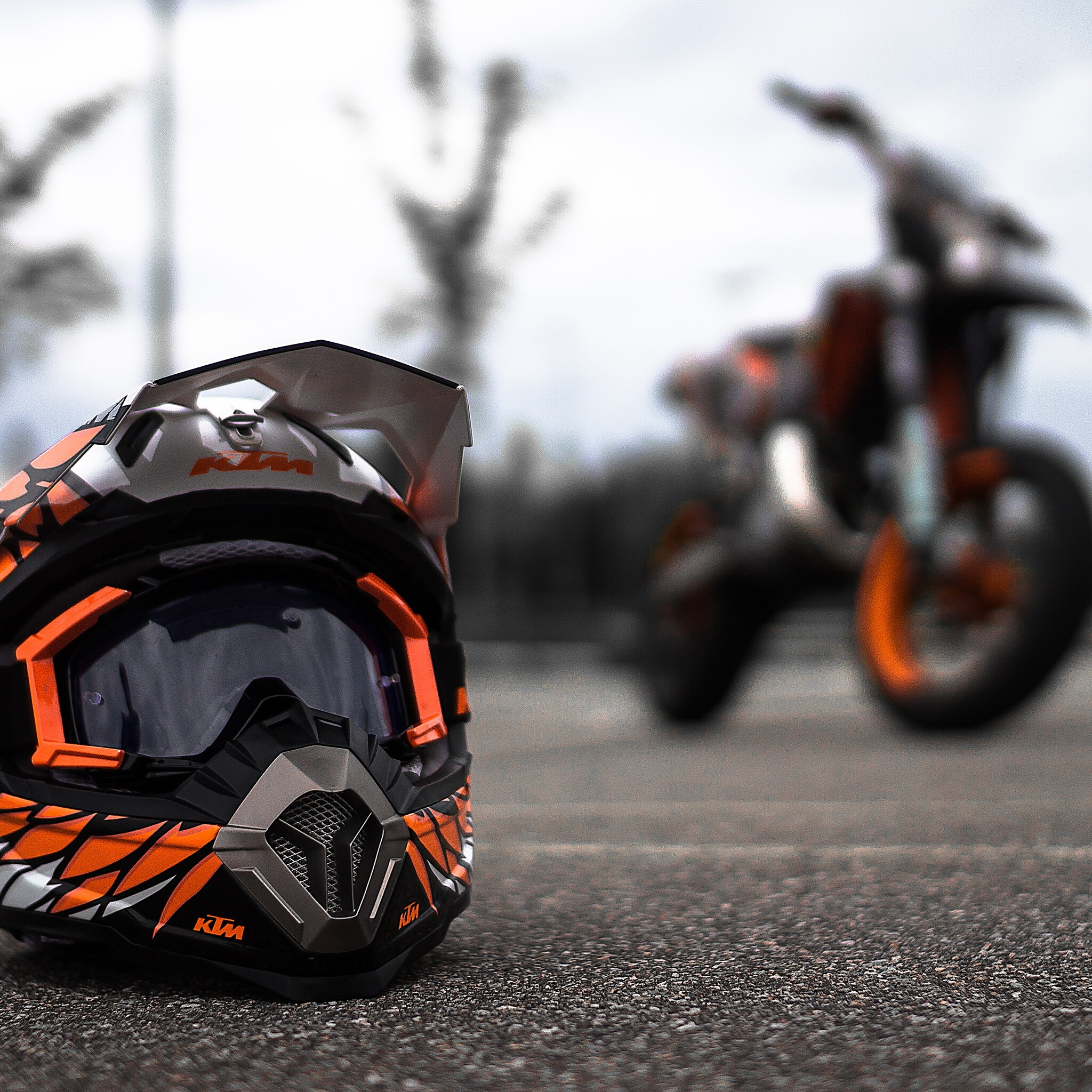 2048x2048 KTM Helmet Ipad Air HD 4k Wallpapers, Images