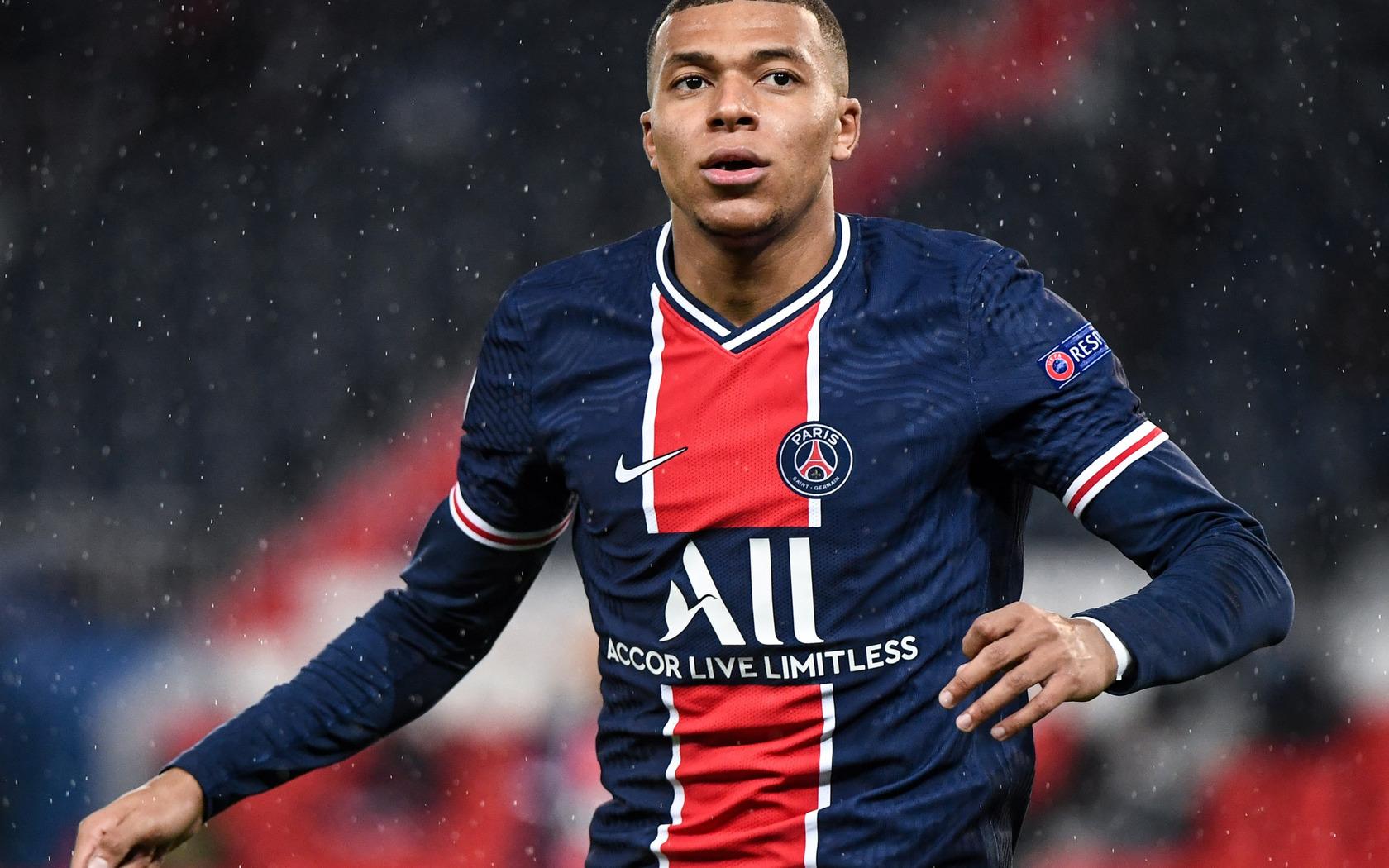 kylian-mbappe-footballer-dq.jpg