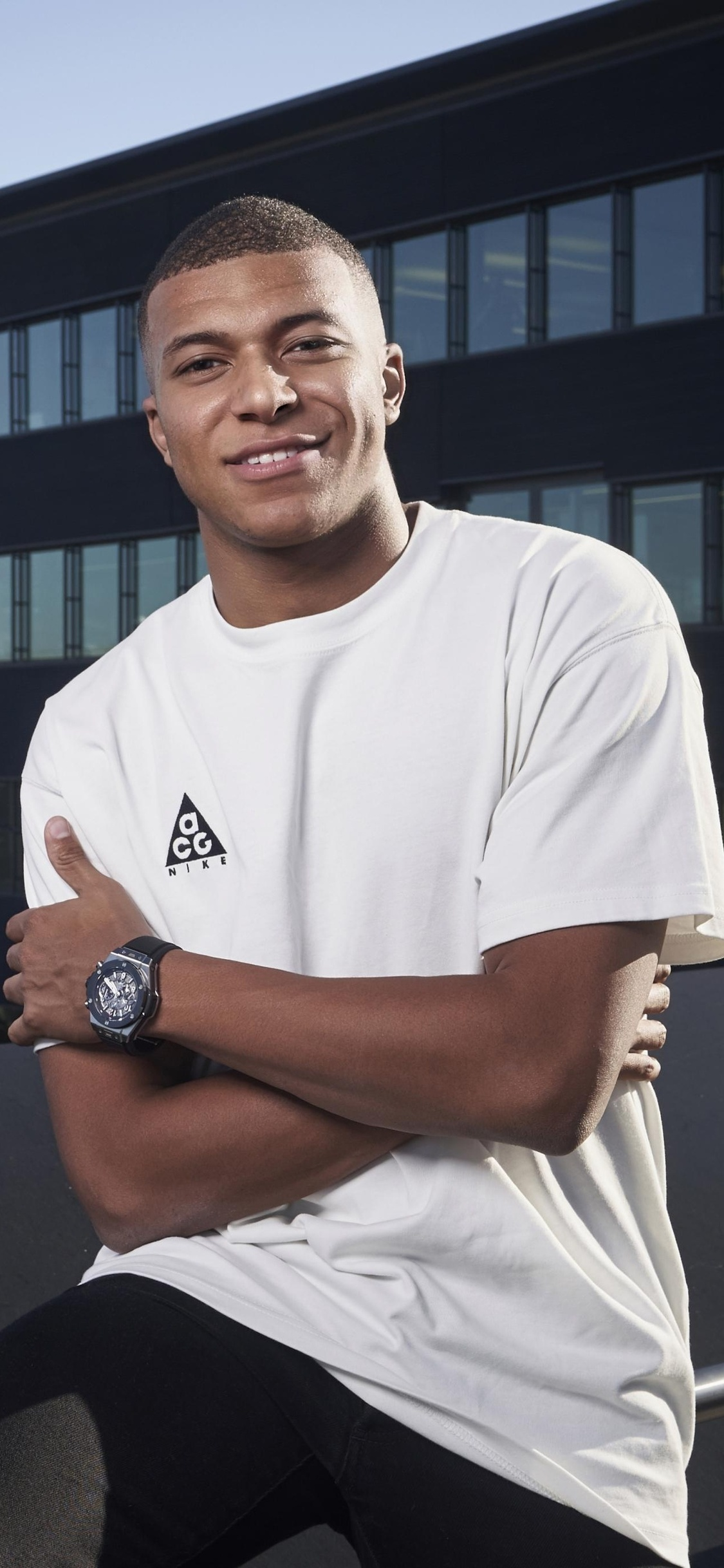 kylian-mbappe-player-xw.jpg