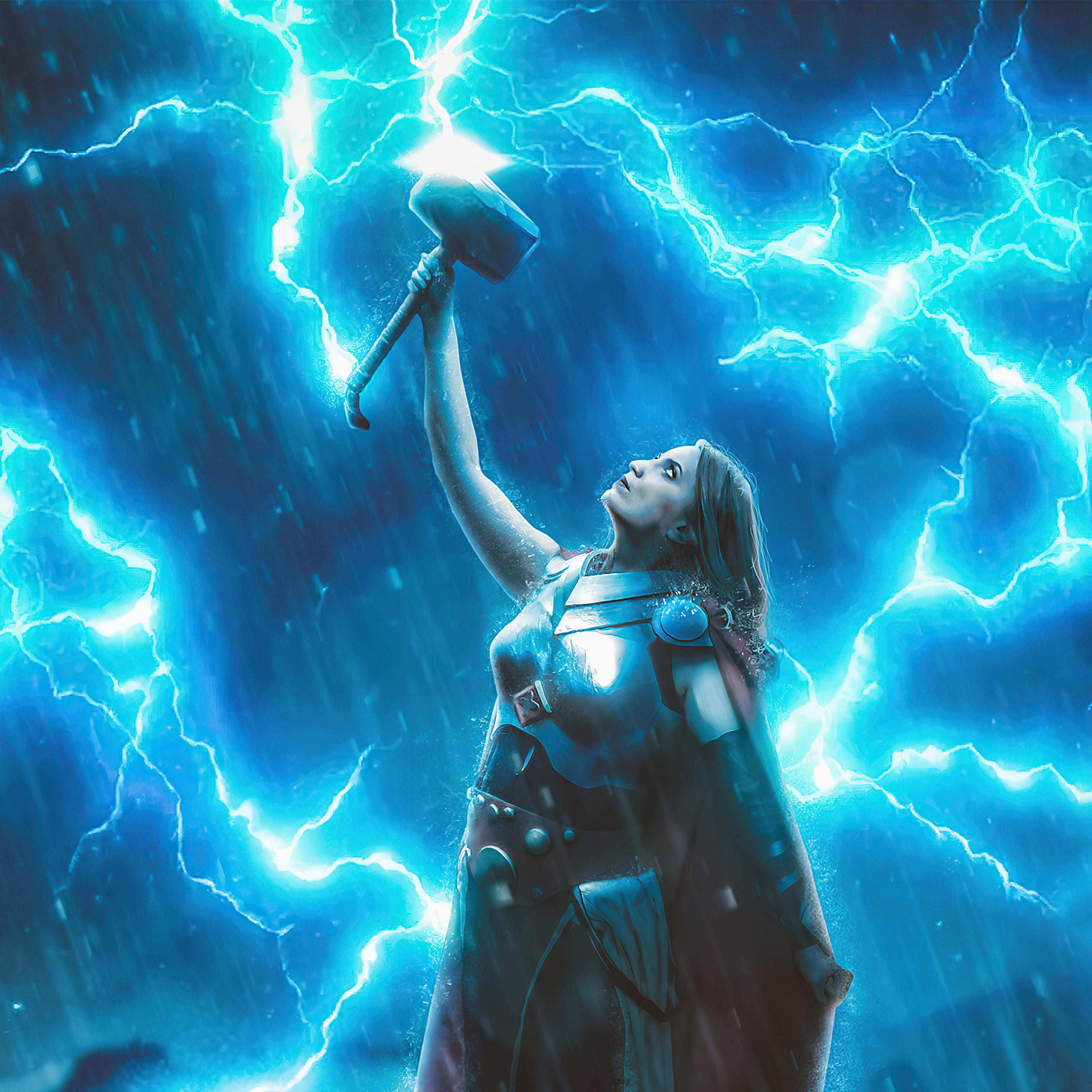 lady-thor-god-of-thunder-fu.jpg