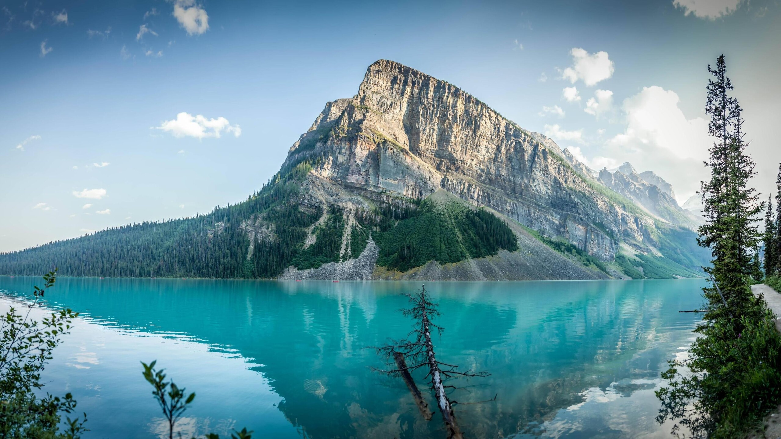 2560x1440 lake louise 4k 1440p resolution hd 4k wallpapers, images