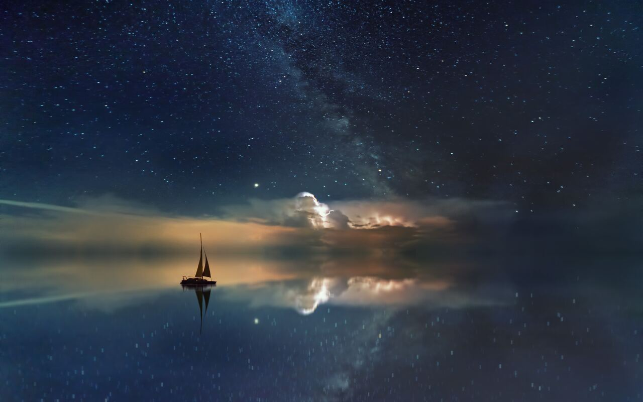 lake-mirror-reflection-stars-boat-milky-way-5k-ha.jpg