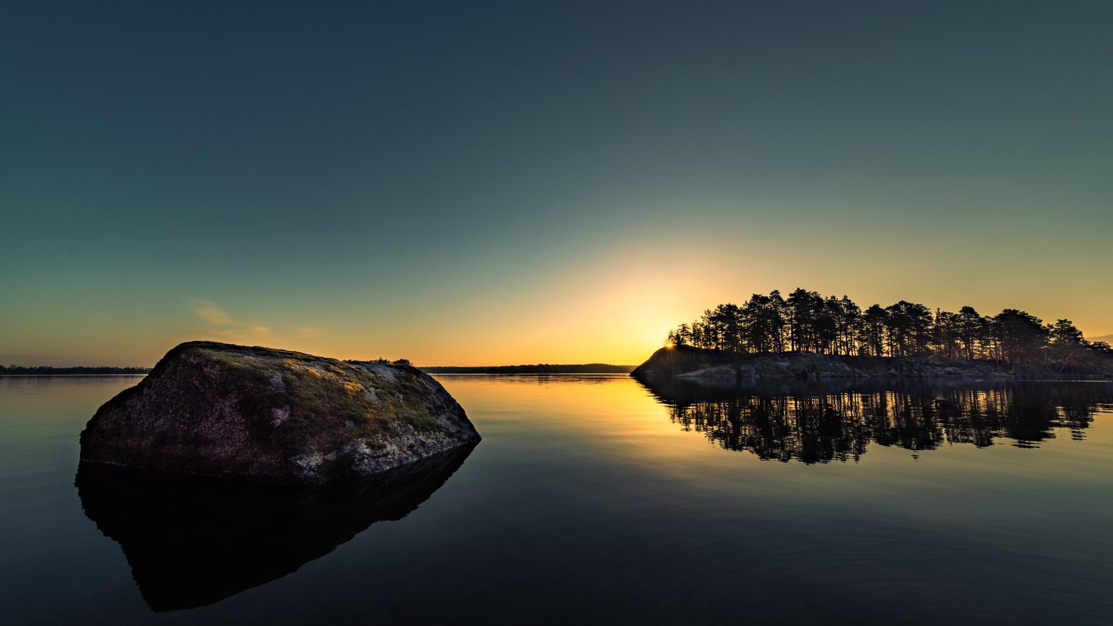 lake-side-dawn-5k-2q.jpg