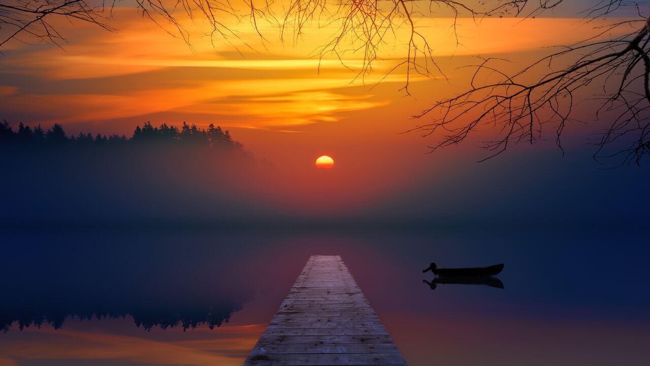 lake-sunset-reflection-5k-u2.jpg