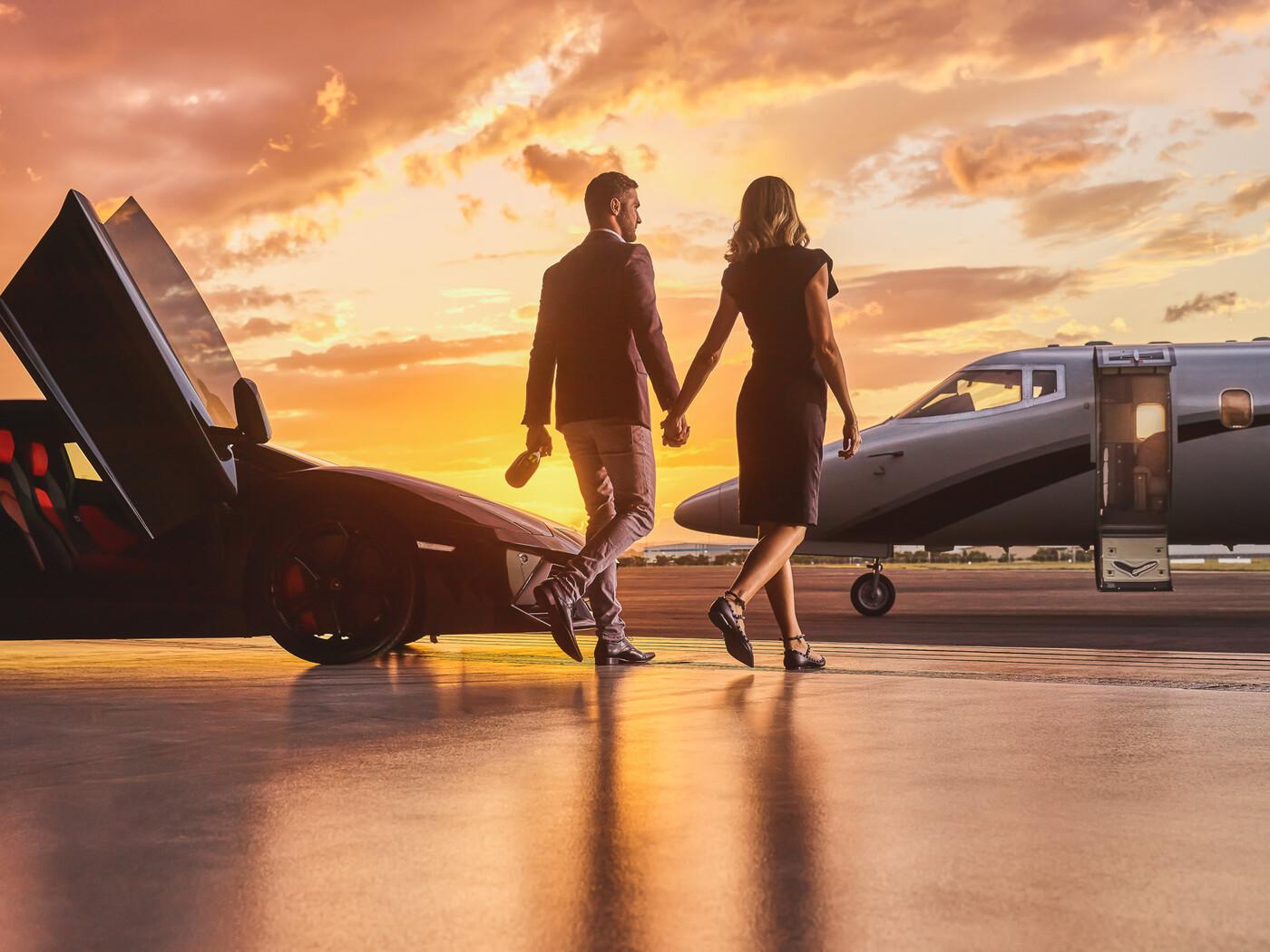 lamborghini-business-private-jet-married-couple-23.jpg