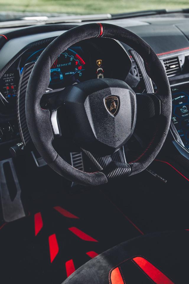 640x960 Lamborghini Centenario Coupe Interior Iphone 4 Iphone 4s Hd