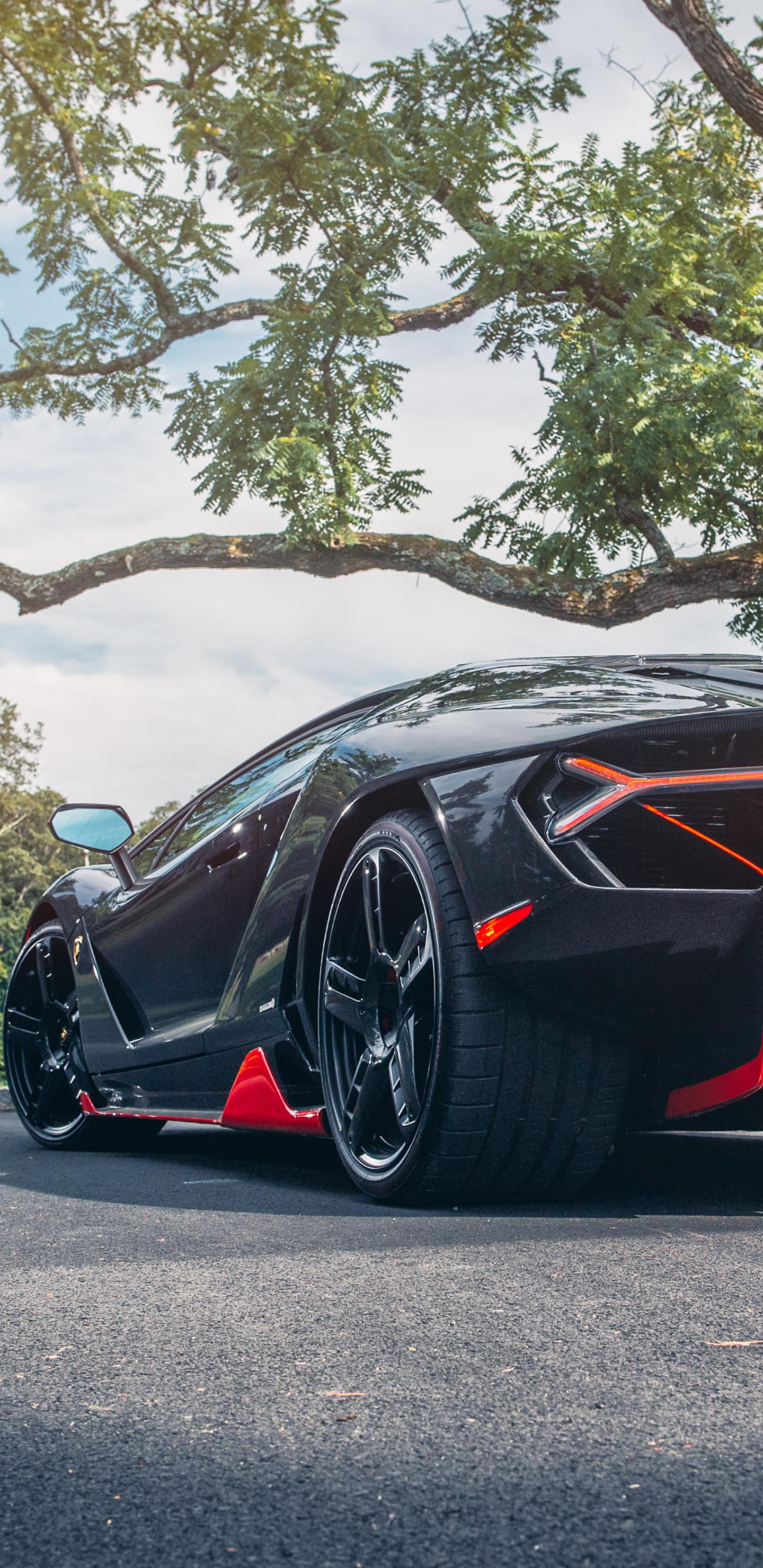 lamborghini-centenario-rear-car-xu.jpg