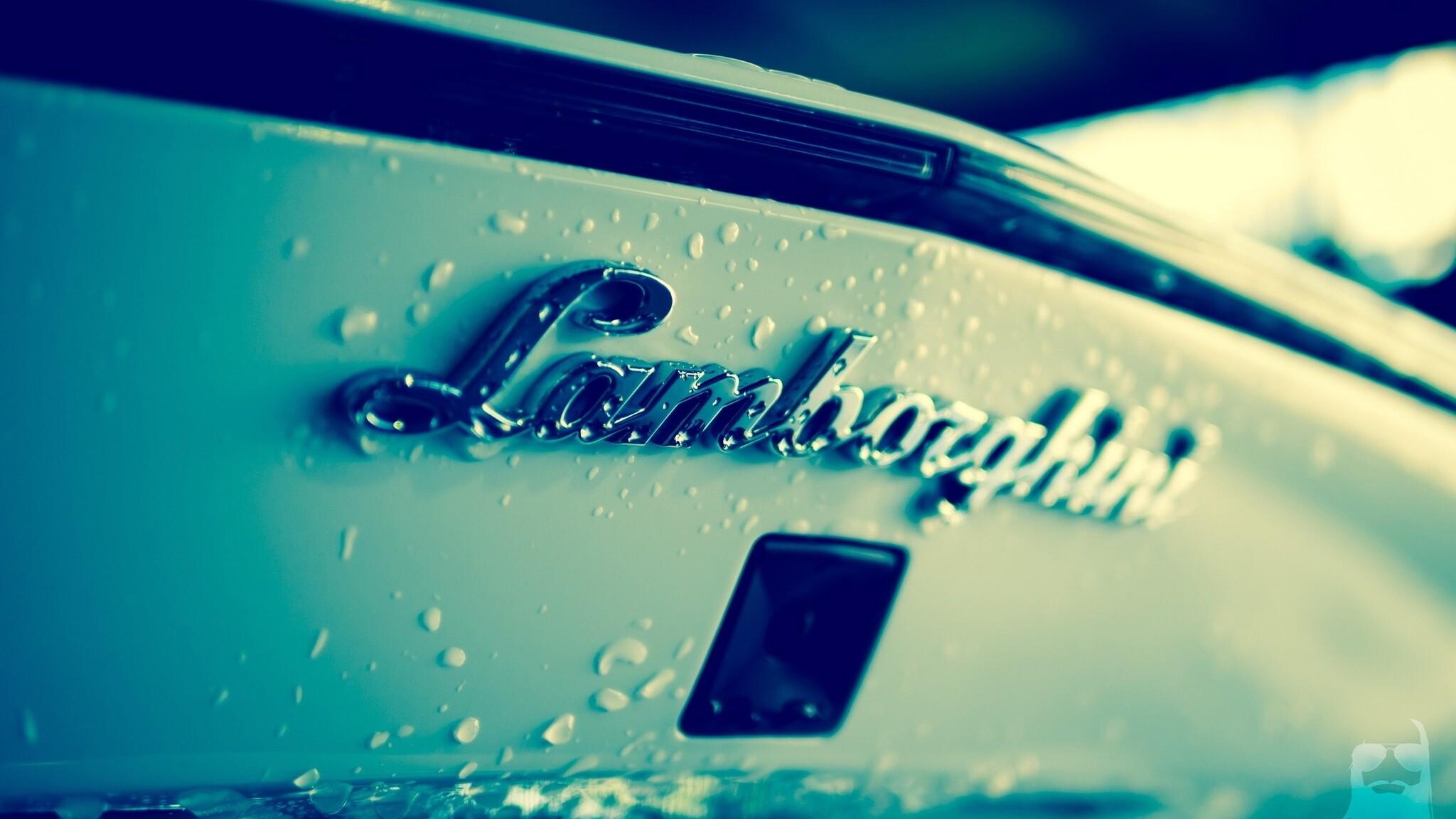 Lamborghini Logo 2048x1152 Resolution