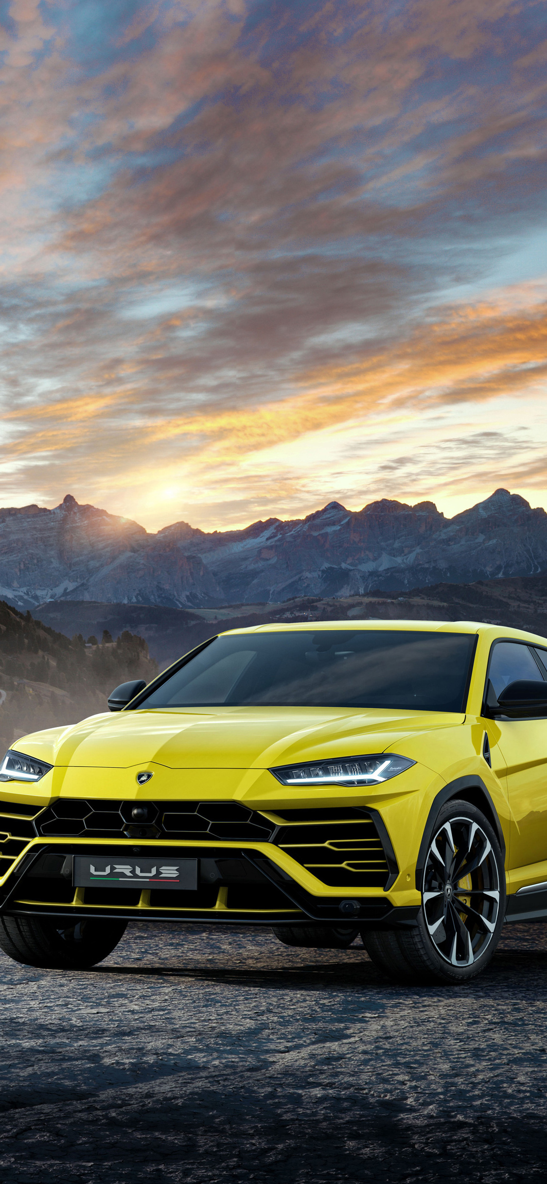 1125x2436 lamborghini urus black and yellow 4k iphone x,iphone 10 hd