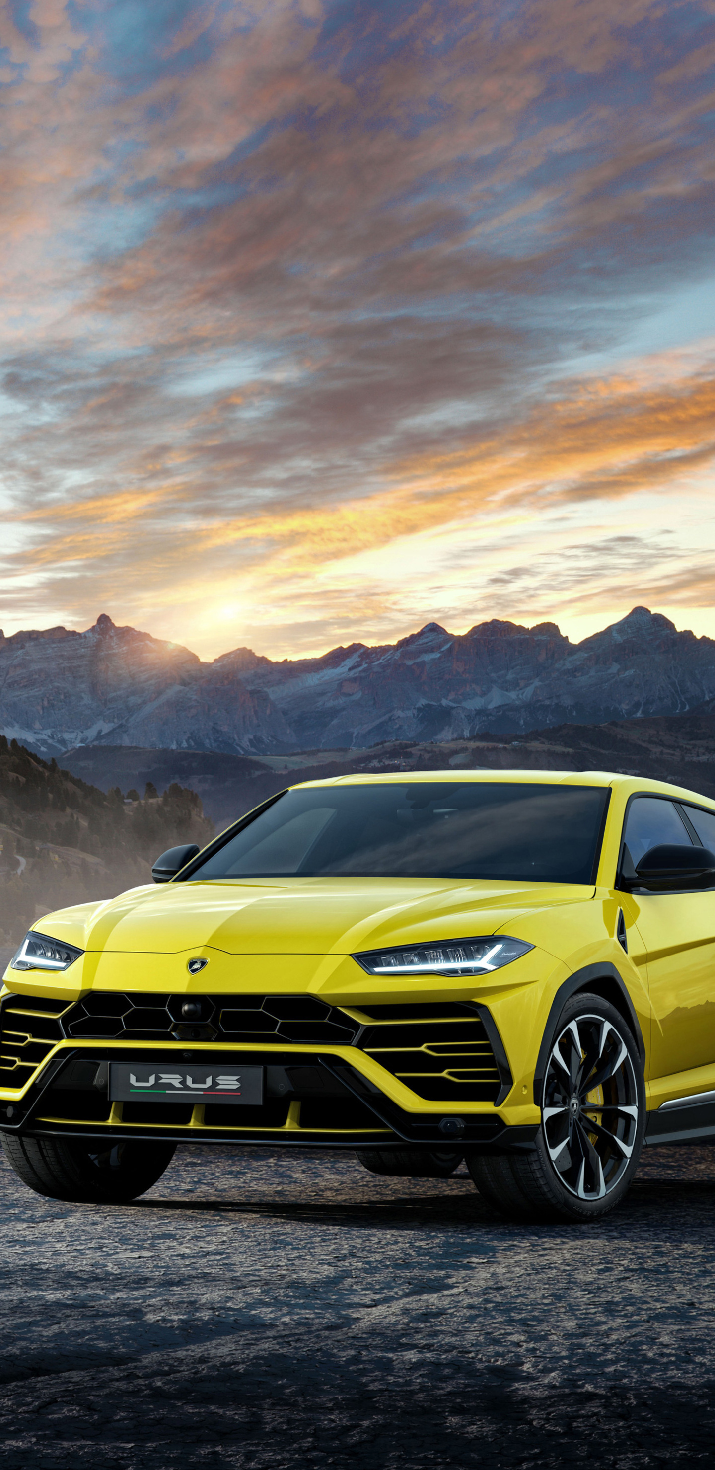 1440x2960 Lamborghini Urus Black And Yellow 4k Samsung