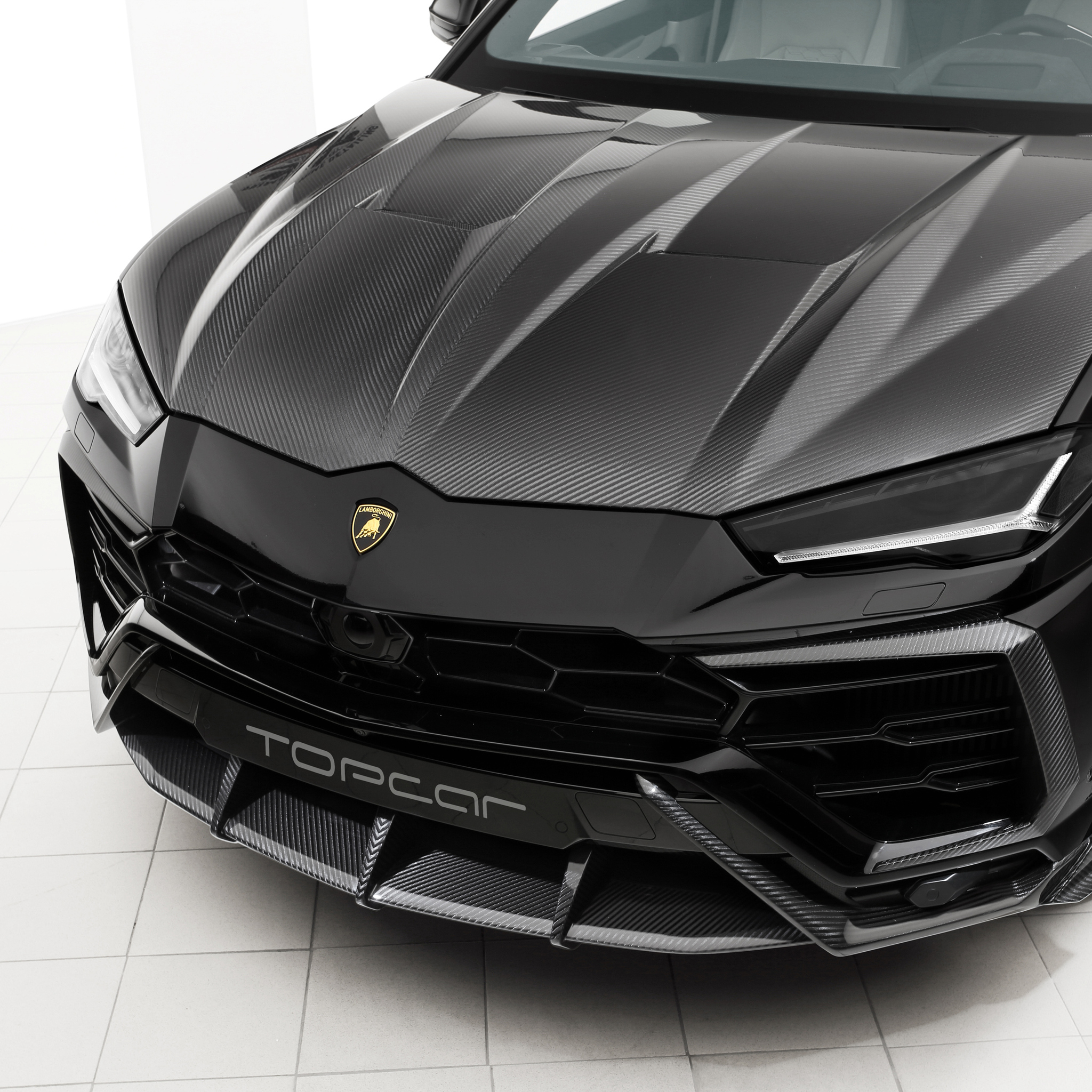 2048x2048 Lamborghini Urus Photoshoot 2018 Ipad Air Hd 4k Wallpapers