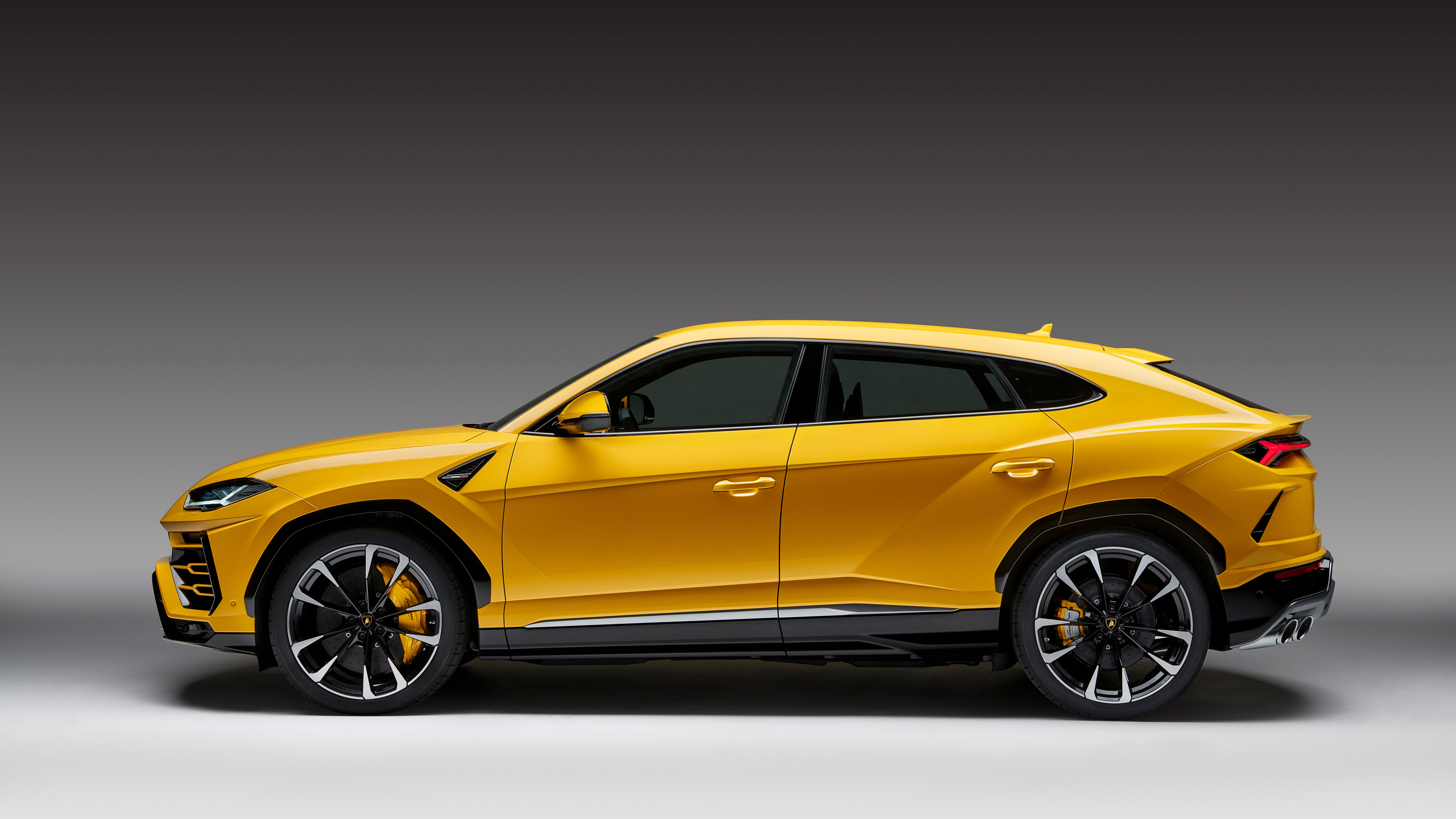 2560x1440 Lamborghini Urus Side View 4k 1440p Resolution Hd 4k
