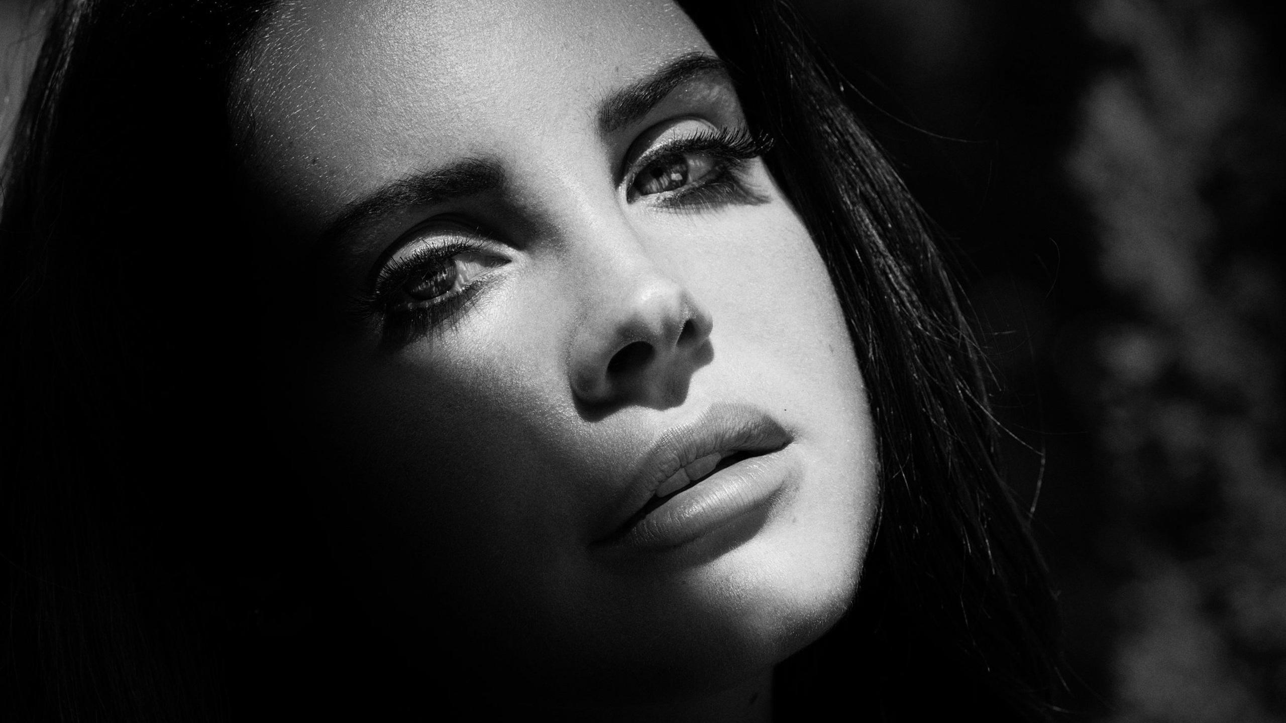 2560x1440 Lana Del Rey Monochrome 1440p Resolution Hd 4k Wallpapers