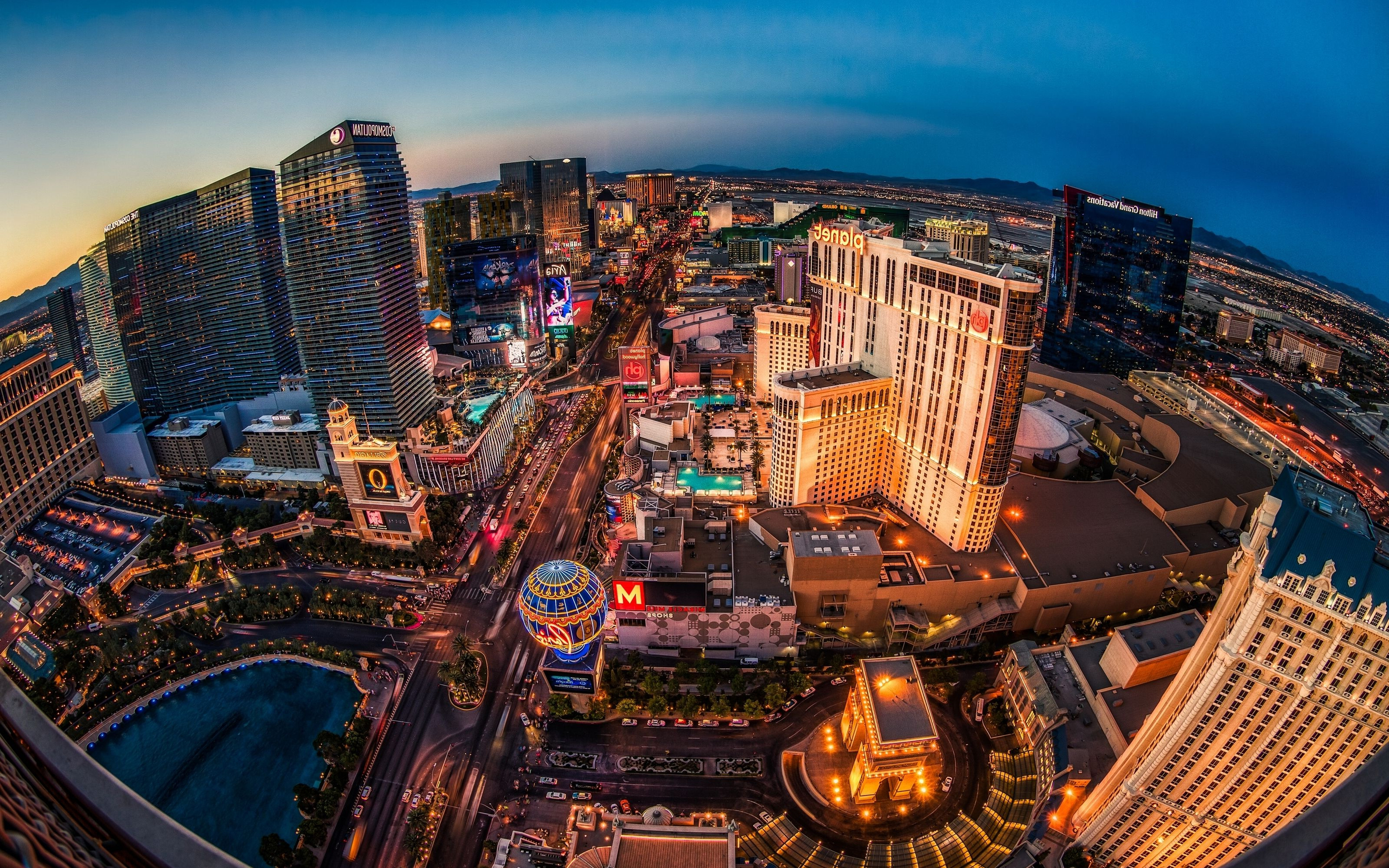 2880x1800 Las Vegas Buildings Lights Macbook Pro Retina Hd 4k Wallpapers Images Backgrounds Photos And Pictures