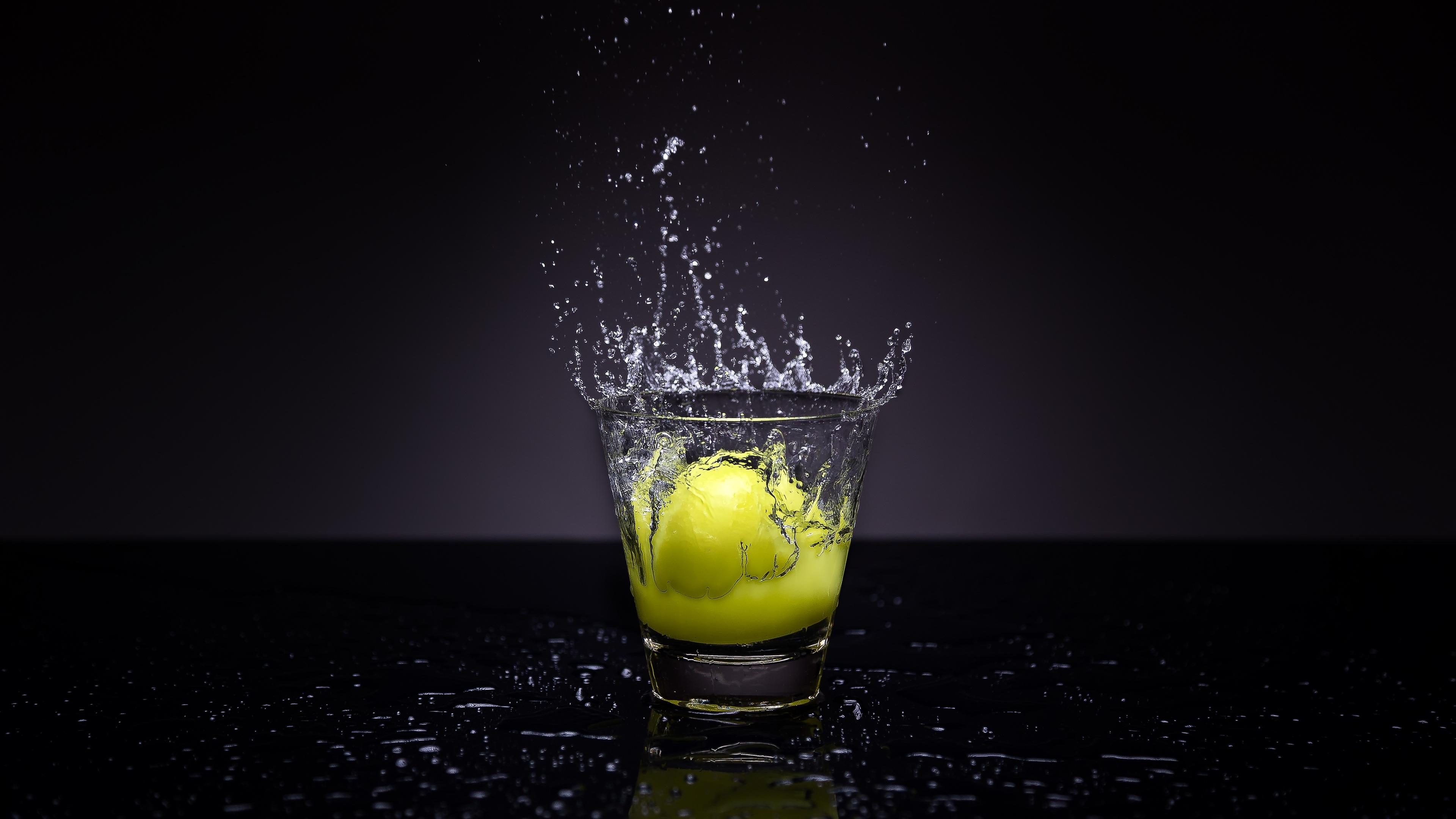 lemon-splash-photography.jpg