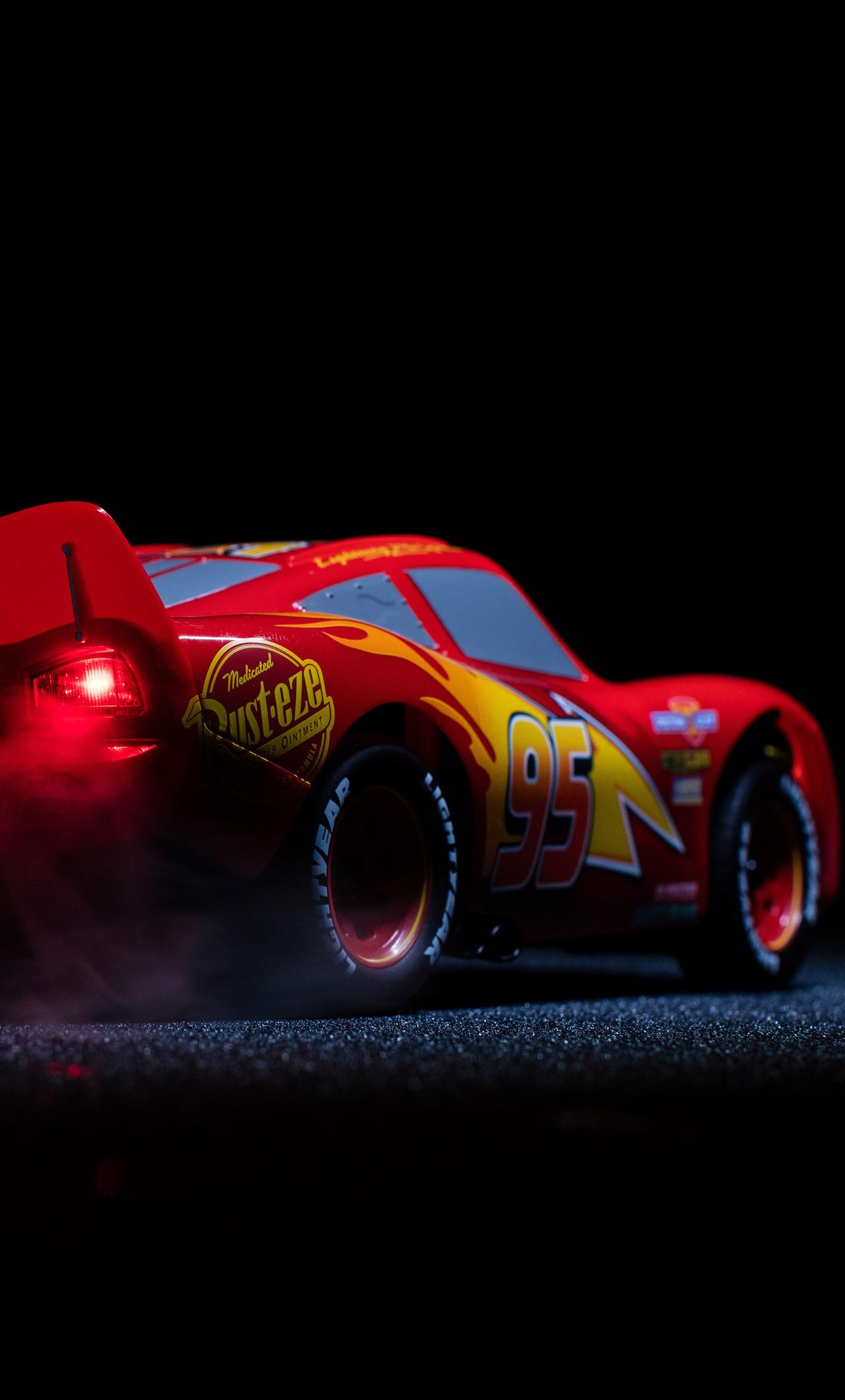1280x2120 Lightning McQueen Cars 3 Pixar Disney 4k iPhone ...