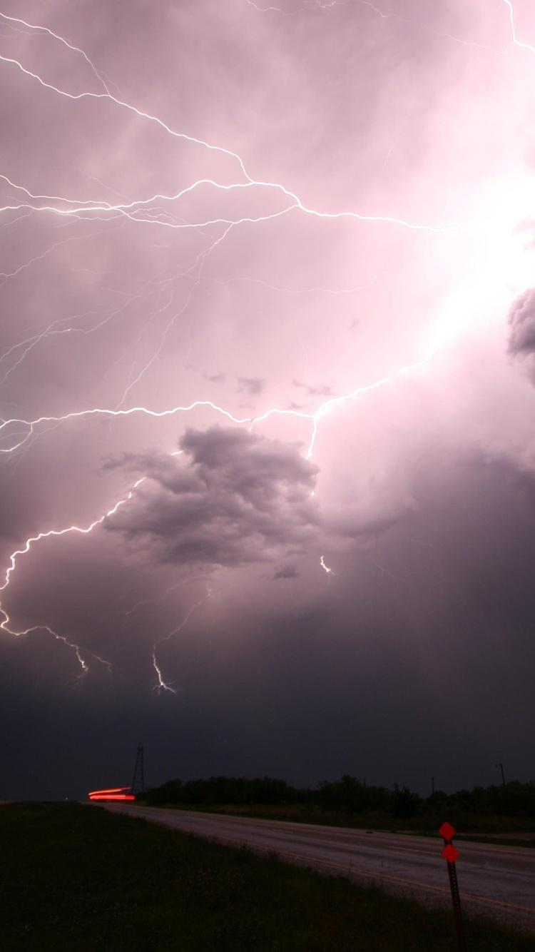 750x1334 Lightning Storm 4k Iphone 6 Iphone 6s Iphone 7 Hd 4k