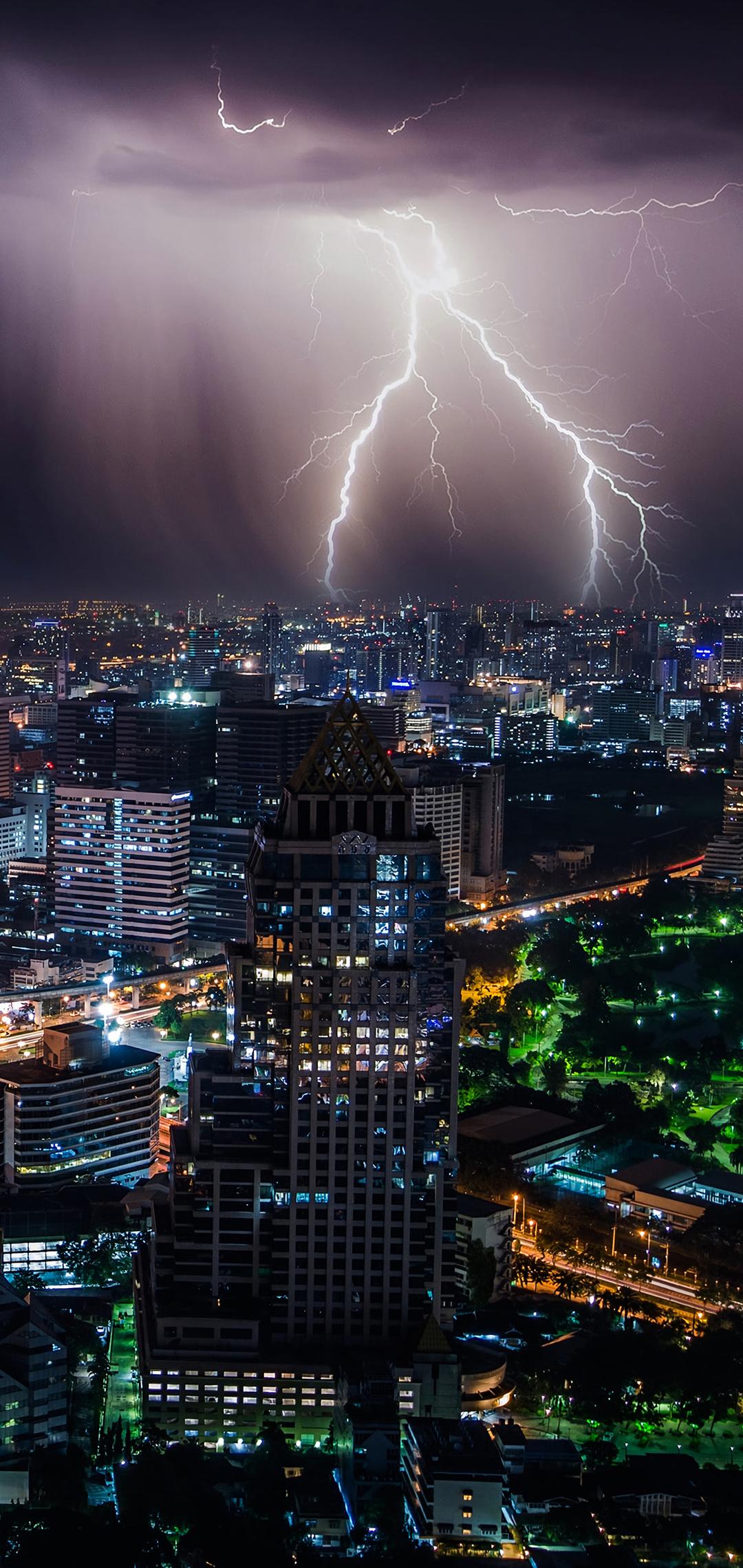 lightning-storm-at-night-bangkok-4k-k4.jpg