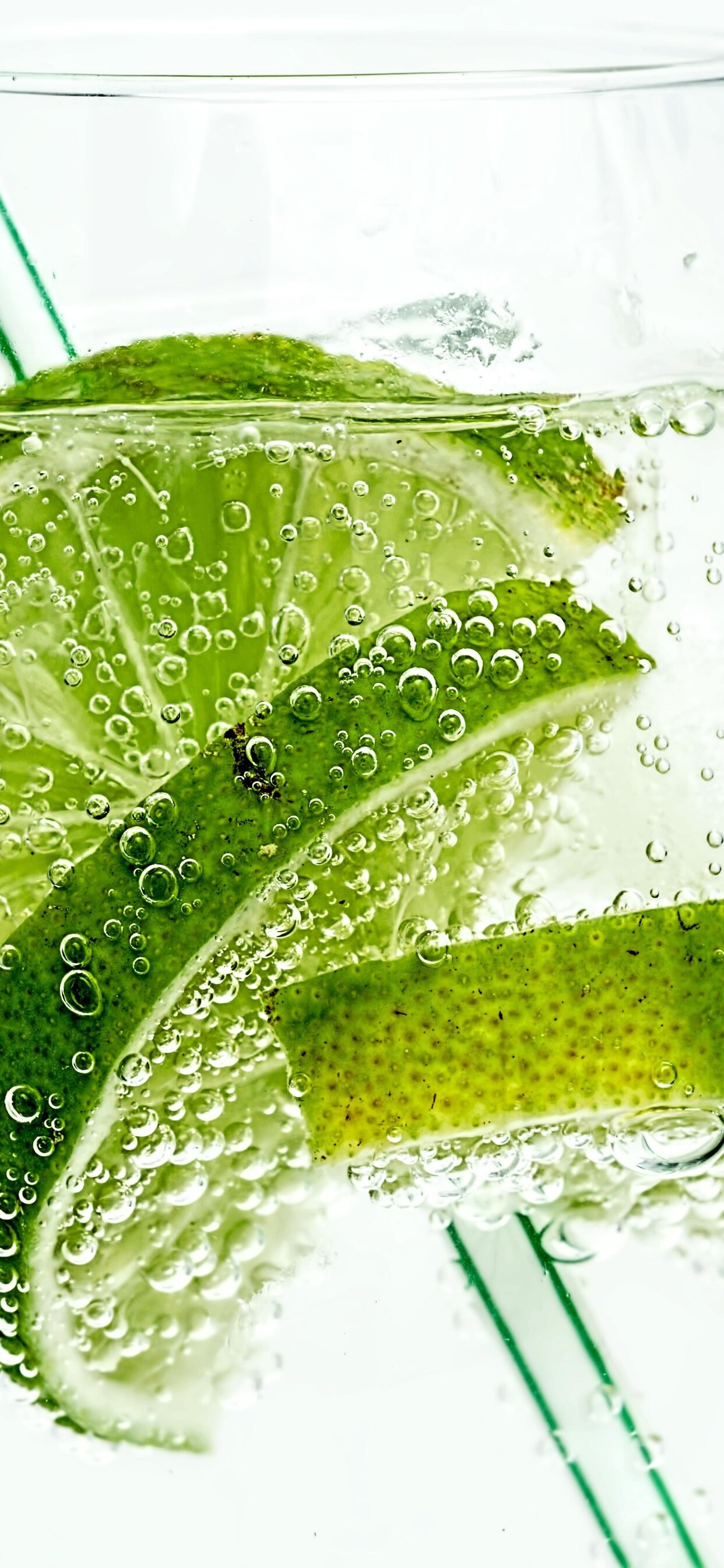 lime-drink-bubbles.jpg