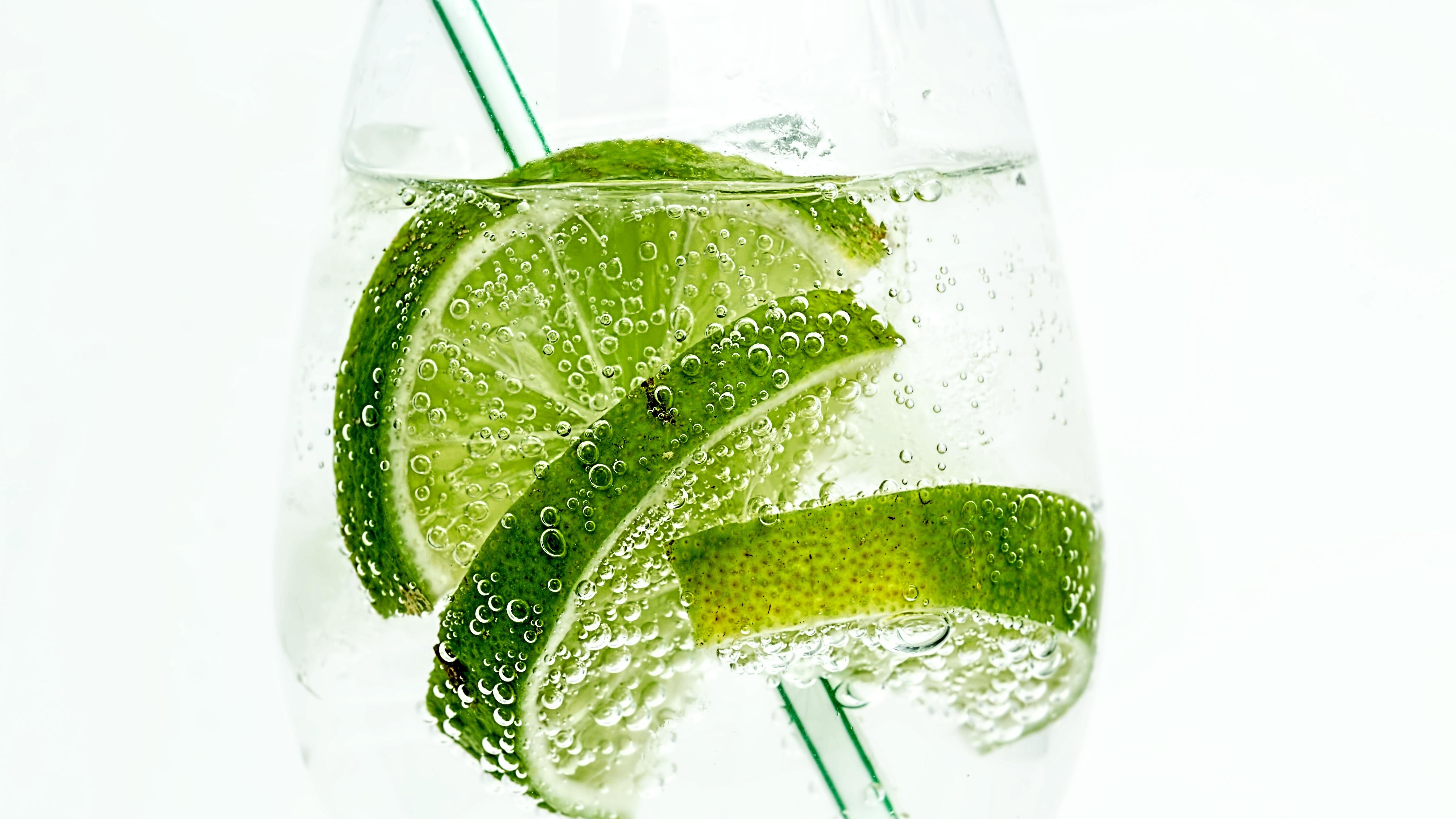 lime-drink-bubbles.jpg