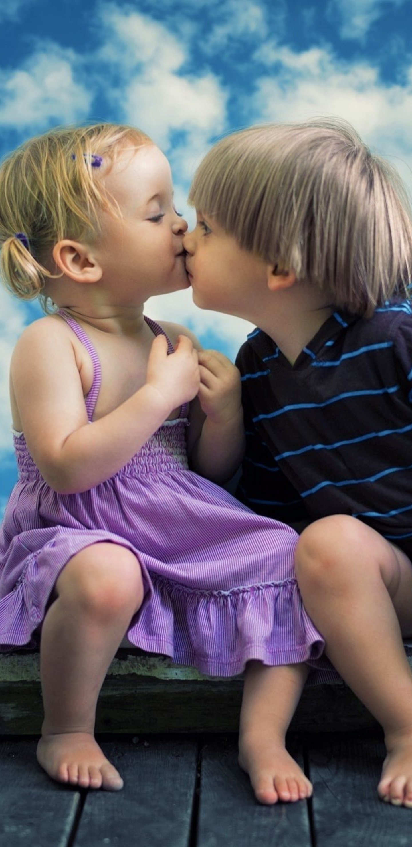 little boy little girl cute kiss oe