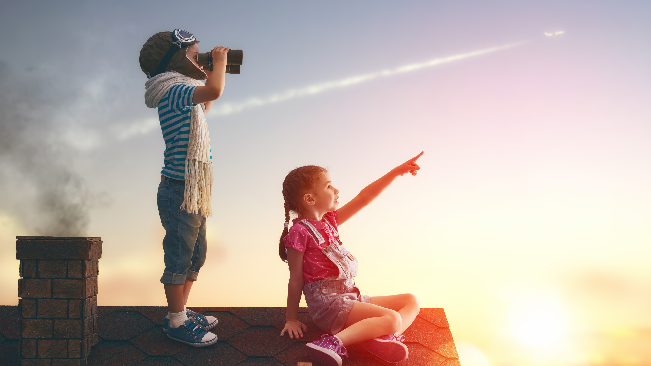 2560x1440 Little Childrens On Roof Watching Sky 1440p