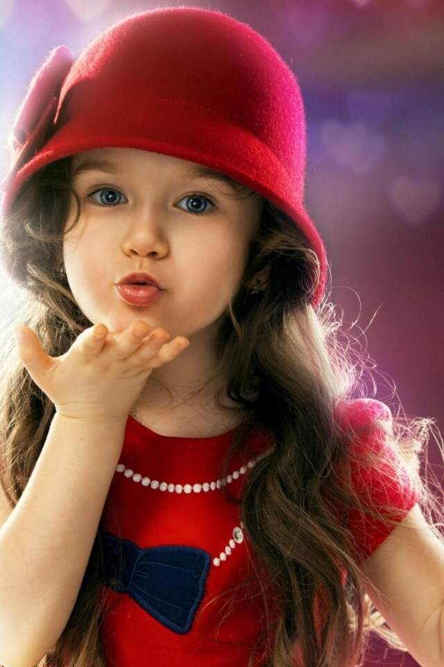 little-girl-blowing-a-kiss.jpg