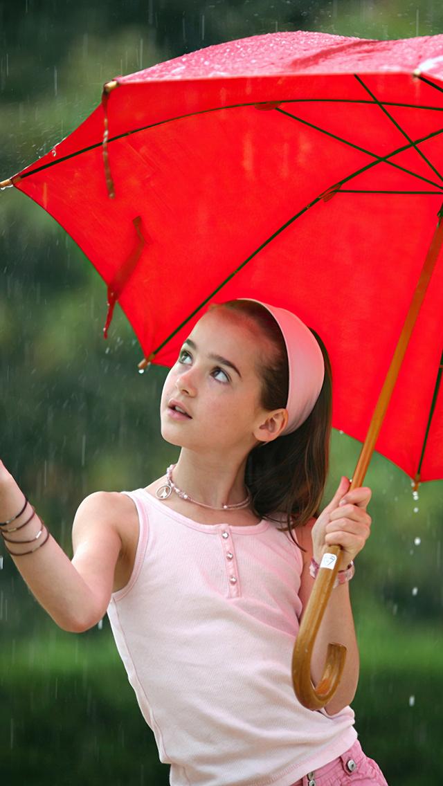 little-girl-in-rain-with-umbrella-4k-iv.jpg