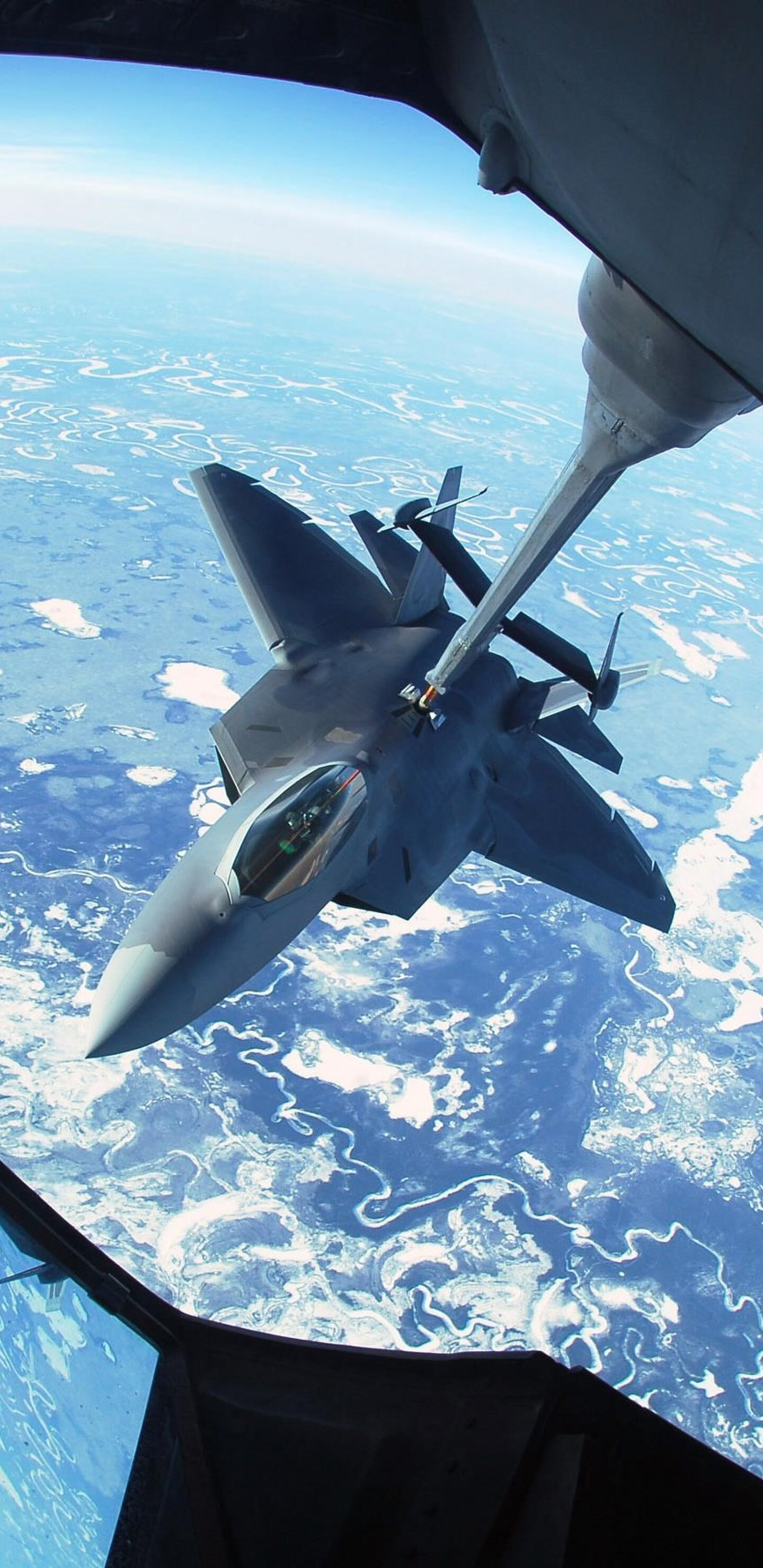lockheed-martin-f-22-raptor-hd.jpg