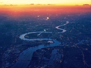 london-river-thames-aerial-view-sx.jpg