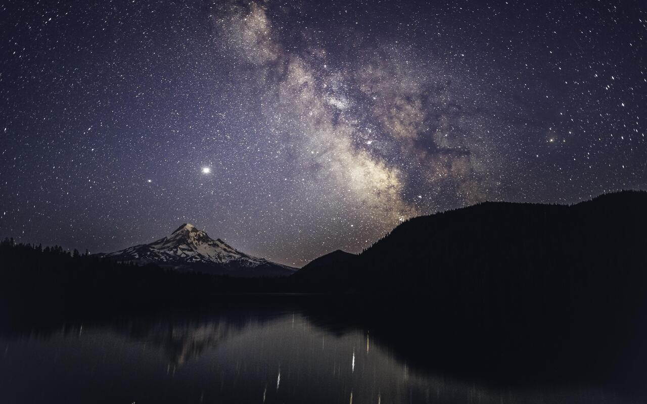 lost-lake-milky-way-time-lapse-5k-xr.jpg