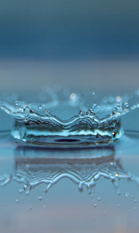 macro-drop-of-water-p0.jpg