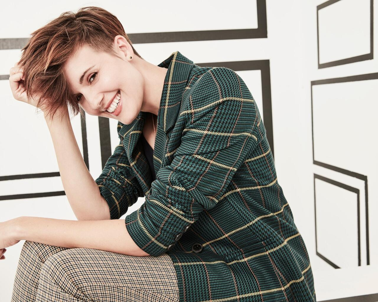 maggie-grace-cute-smiling-z3.jpg