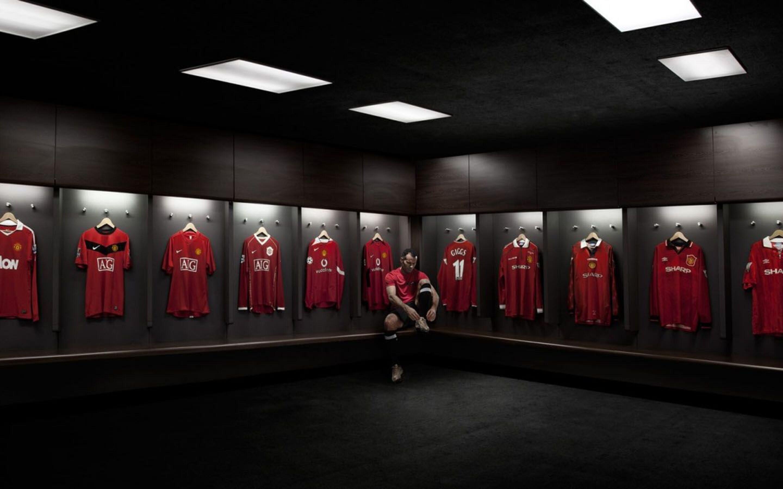 2880x1800 Manchester United Hd Macbook Pro Retina Hd 4k Wallpapers