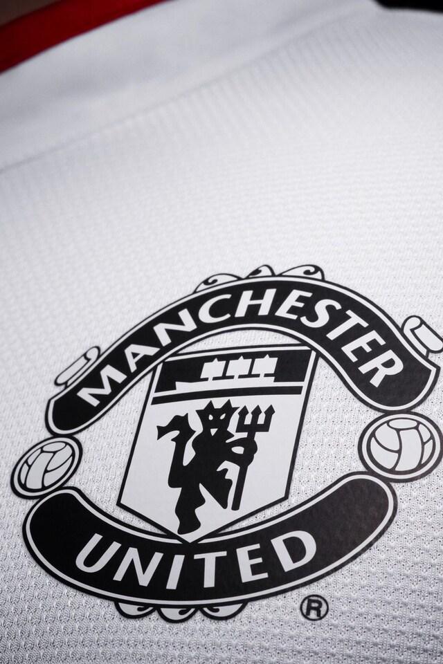 640x960 Manchester United Logo Hd Iphone 4 Iphone 4s Hd 4k